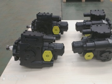 Hydraulic pump harvester
